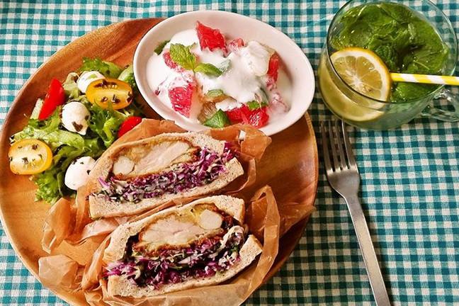 福田さんの「野菜たっぷり夏のサンドウィッチプレート」