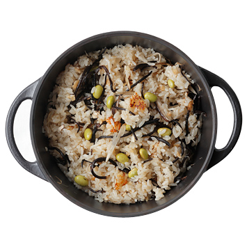ひじきと野菜の炊き込みご飯