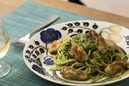 春菊と牡蠣のジェノベーゼ