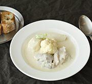 白い野菜のクリームシチュー