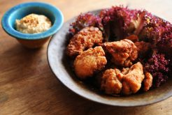 アジアン鶏から揚げ 豆腐ソース添え