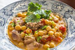鶏肉と豆の煮込み
