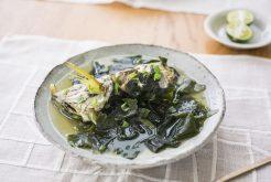 白身魚とわかめのスープ