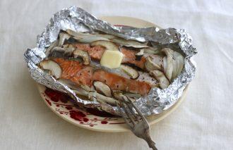 「わたしの胃袋ごはん キノコと生鮭のバター醤油ホイル焼き」暮らし上手のたまごさん 福田みなみ