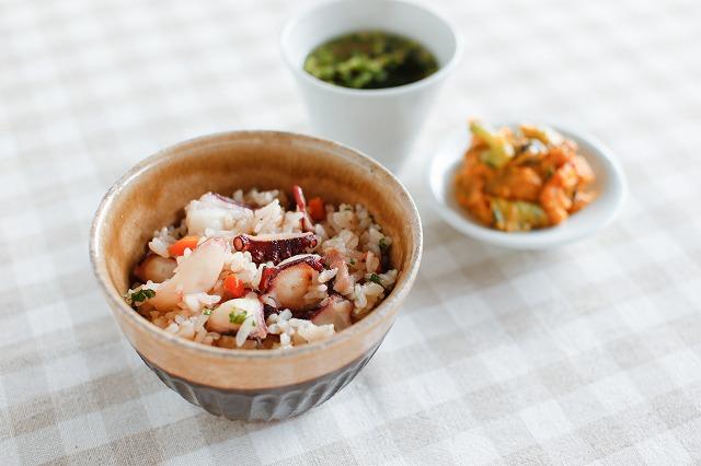 タコと根菜の洋風炊き込みご飯