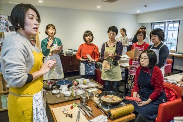 『GLOBAL』の包丁が切り比べられる料理教室 イベントレポート